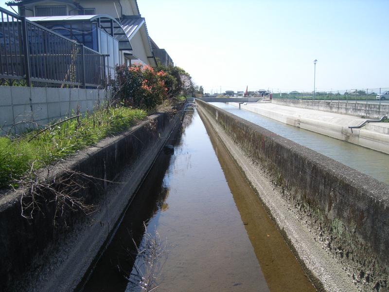 水路補修施工前